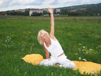 Yoga von der Yoga-Ayurveda-Heilpraxis in Dresden
